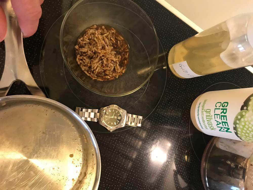 Grillvask-Ris-brent-fast-i-kjele-3