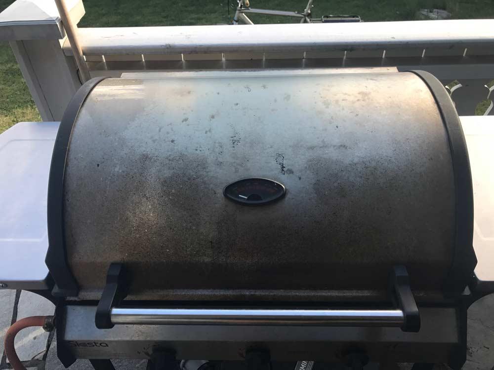 Grillvask-ved-bruk-av-Green-Clean-Grill-&-Ovnsvask-1